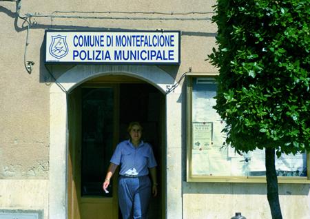 polizia montefalcione copy.jpg