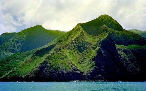molokai mountains_1E.jpg