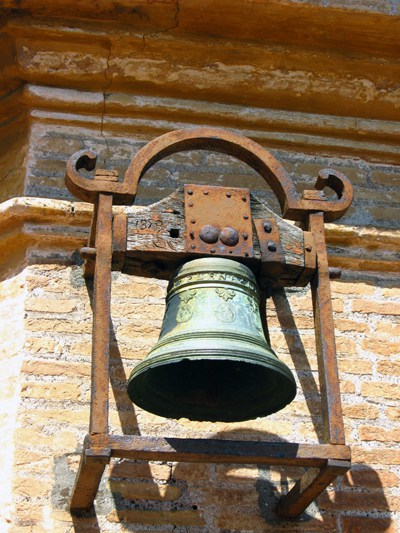chipped bell