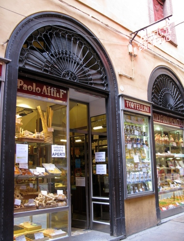 food market Italy Trip 2009, Bologna, Italy Date: Wednesday July 08, 2009