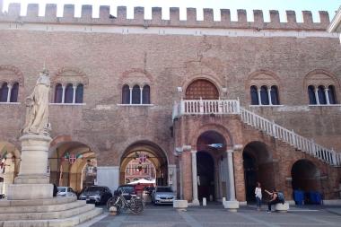 Palazzo dei Trecento Treviso, Italy Date: Monday May 29, 2017