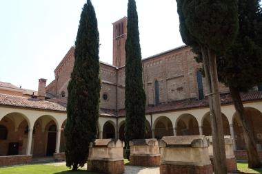 Chiostro di San Francesco Treviso, Italy Date: Tuesday May 30, 2017