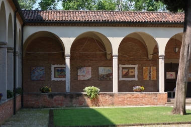 Chiostro di San Francesco - Batik exhibit Treviso, Italy Date: Tuesday May 30, 2017