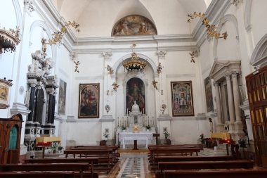 Inside the Chiesa di S Rita or Chiesa di S Leonardo Treviso, Italy Date: Tuesday May 30, 2017