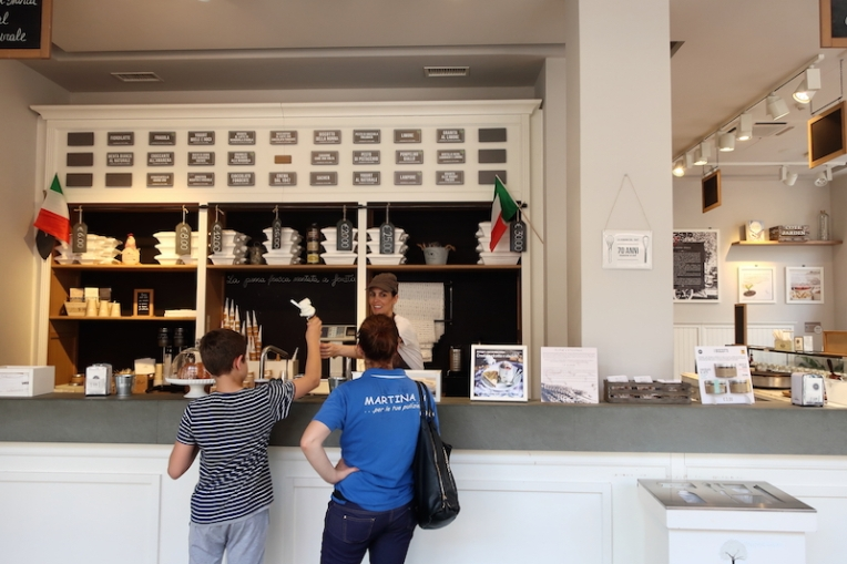 Gelateria La Romana dal 1947 Treviso, Italy Date: Tuesday May 30, 2017