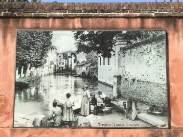 Canale dei Buranelli - old photo Treviso, Italy Date: Tuesday May 30, 2017
