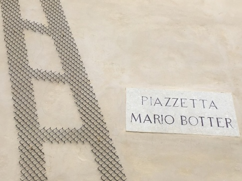 Piazzetta Mario Botter - outside the Museo di Santa Caterina Treviso, Italy Date: Thursday June 01, 2017