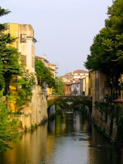 Italy Trip 2003, Mantova, Italy Date: Thursday June 26, 2003