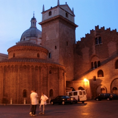 Rotonda di San Lorenzo at night