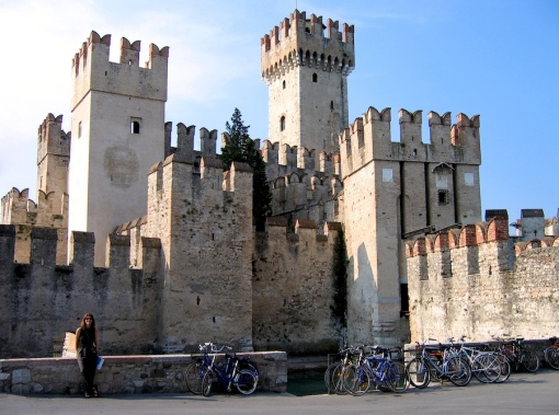 Me in front of the Castello Scaligero