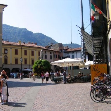 Italy Trip 2005, Iseo, Lago d'Iseo, Italy Date: Sunday June 26, 2005