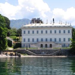 boat ride from Villa del Balbianello to Bellagio - view of Villa Melzi Italy Trip 2005, Lago di Como, Italy Date: Thursday June 30, 2005