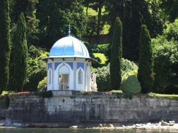 boat ride from Villa del Balbianello to Bellagio - view of the gardens of Villa Melzi Italy Trip 2005, Lago di Como, Italy Date: Thursday June 30, 2005